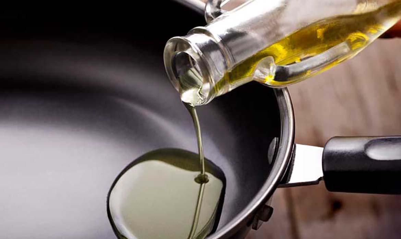 Reciclaje-aceite-doméstico-ecoparques-móviles-Consorcio-de-Residuos-Crea