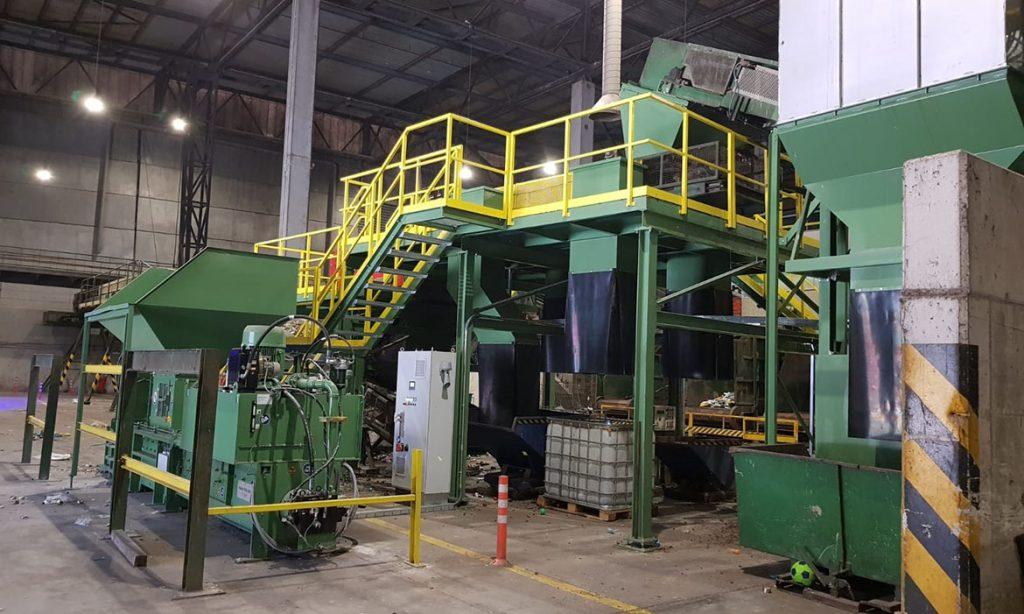 Maquinaria-planta-de-residuos-Villena-Consorcio-de-Residuos-Crea