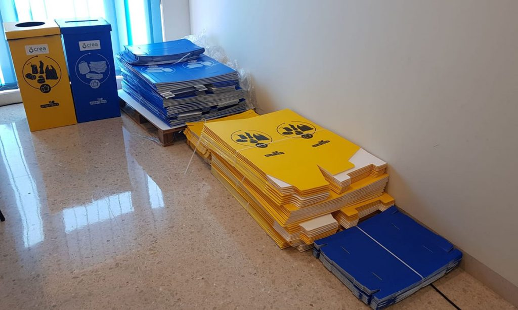 Reparto-papeleras-reciclaje-Consorcio-de-Residuos-Crea